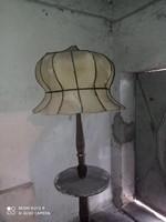Régi állólámpa
