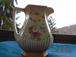 Szecessziós kiöntő, madár, virág, virágfüzér mintákkal , hatszögletes ,bordázott