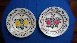 Két virágos kerámia fali tányér (Gránit?)
