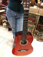 Valencia, felnőtt fa gitár, tökéletes állapotban, felhangolva.
