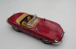 BURAGO - JAGUAR - E-TÍPUS CABRIOLET 1961 autó modell