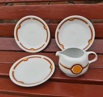 Tejszínes,tejszínkiöntő, 3 db retro Alföldi sütis, süteményes tányér, tányérok, nosztalgia