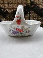 Porcelán kis kosár