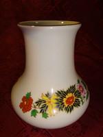 Aquincum porcelán váza, magassága 12 cm.
