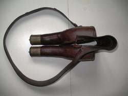 Antik lovassági pisztolytok-pár