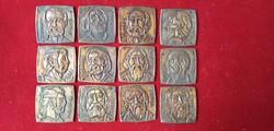 A 12 apostol 12 bronz plakett.