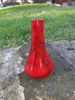 Körpecsétes Zsolnay váza madár és virág motívummal.
