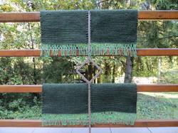 'Zsend-Ülő' kézzel szőtt, nemez hatású rusztikus gyapjú széktakaró, kisebb méret - 4 db-os garnitúra