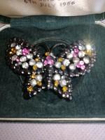 Csodás  Pillangó bross strasszokkal 02
