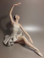 ROYAL DUX porcelán balerina nagy méretű dizájn Vladimir David