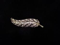 Antik aranyozott ezüst bross markazitokkal