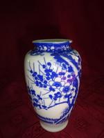 Japán porcelán váza, magassága 12,5 cm. Felső átmérője 4,7 cm.
