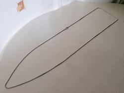 Ezüst nyaklánc 925. 82.8 cm.