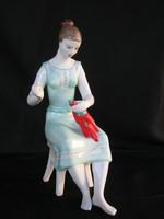 Hollóházi porcelán paprikafűző nő 26 cm