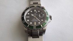 Rolex submariner hulk oyster perpetual date