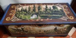 Antik kézzel festett jelenetes olasz faláda