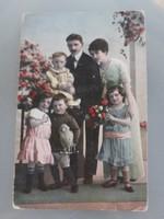Régi képeslap vintage családi fotó levelezőlap