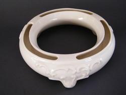 Különleges, körgyűrű formájú régi Goebel árvácskaváza