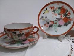 Japán gésás teás csésze két tányérral