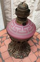 Asztali petrólum lámpa, különleges rózsaszín üveges, hántolt csiszolt minta!