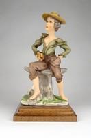 1C569 G. Bozetto olasz műgyanta szobor fa talapzaton 19 cm