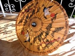 Antik napernyő, sérült