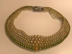 Ötsoros gyöngy nyaklánc, nyakék hatalmas kristályos csattal, 45 cm hosszú