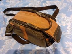 Maginon fotós táska, vállra akasztható táska szép tiszta állapotban