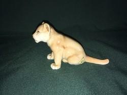 Royal dux oroszlán kölyök porcelán figura