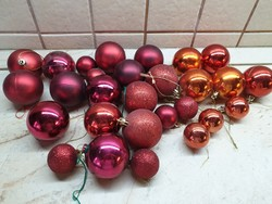 Retro, piros színű karácsonyfa dísz 20+8 db eladó!