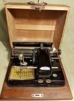 AEG Mignon Modell 4 típusú vintage táska írógép