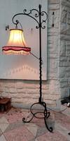 Gyönyörű kovàcsolt vas lámpa állólámpa ,,àllitható a búra magassàga !