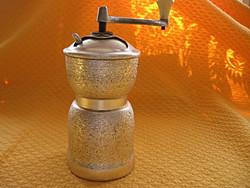 Retro kávédaráló