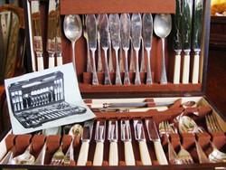 Sheffield, 6 személyes, antik, jelzett, ezüstözött, 6 fogásos, 69 darabos evőeszköz készlet