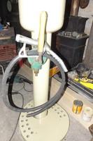 Egyedi repi Veterán autó motor os benzinkút üzemanyag töltő kút Loft  industrial  vintage Retro