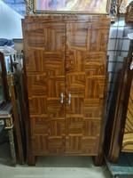 Art deco 2 ajtós szekrény