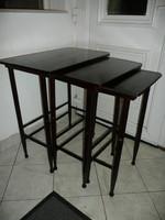 Eredeti antik, ritka kivitelű, egymás alá rakható szecessziós Thonet (J&J Kohn ?) asztalkák egyben