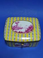 Ékszertartó porcelán doboz, Sevres