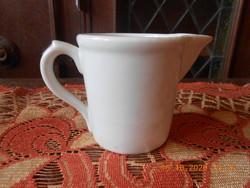 Zsolnay porcelán patika kiöntő