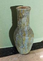 Kerámia váza 22 cm ( halvány zöld )Alján jelzett.