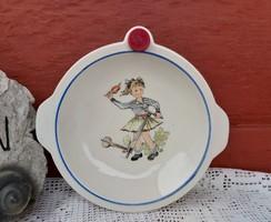 Gyönyörű figurás melegentartó tányér, nosztalgia