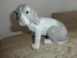 Nagyon kedves porcelán kutya figura