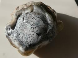 Természetes dendrites Opál ásvány (Merlinit).  114 gramm