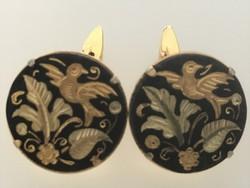 Toledói mandzsettagomb madaras, leveles dekorral