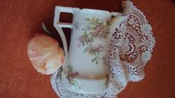 Gyönyörű rózsafüzéres,antik (vintage) porcelán kancsó--különleges forma és fül./Pfeiffer-Lowenstein/