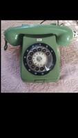 Zöld tárcsás telefon