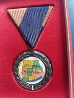 Veszprém megyéért kitüntetés , térképes