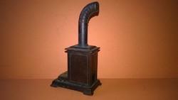 Figurális ceruzahegyező - kályha , íróasztal vagy polcdísz