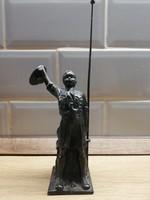 Fém Cserkész Cserkészbolt budapest Fiú figura szobor