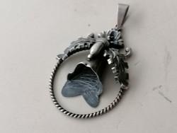 Ezüst vadász medál őz gyöngy fogak nélkül, tölgyfa levél díszítéssel 800 - 835 ös
